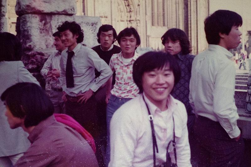 大学進学を諦め香港でプロサッカー選手になるも傷心の帰国